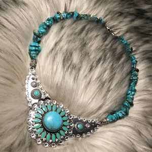Jewelry - Beautiful Turquoise Country Necklace NWOT